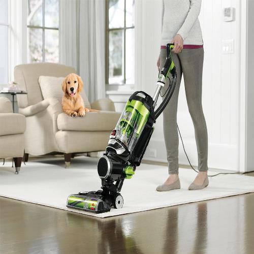 best vacuum for pet hair buyer's guide