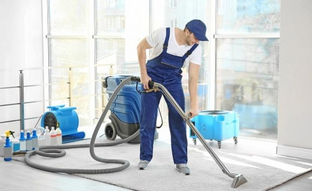 how much to tip my carpet cleaners